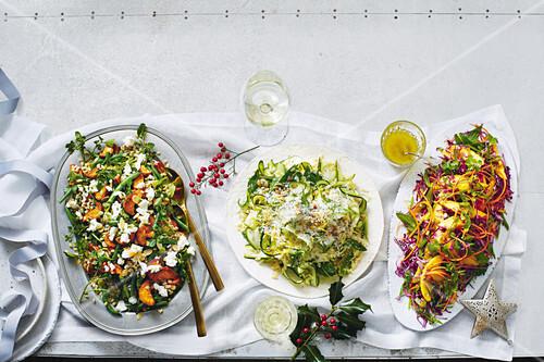 gersten s sskartoffel salat mit gr nen bohnen zucchini risoni salat und mango kohl salat mit. Black Bedroom Furniture Sets. Home Design Ideas
