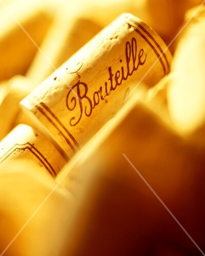 Wine corks with the word 'bouteille'