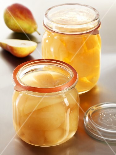 Pear compote in two preserving jars