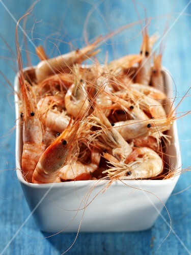 Fresh shrimps in a small bowl