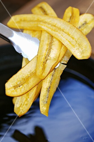 Deep-fried banana chips