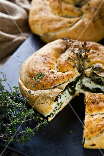 Herb bread with spinach