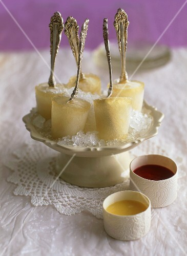 Elegant champagne ice lollies