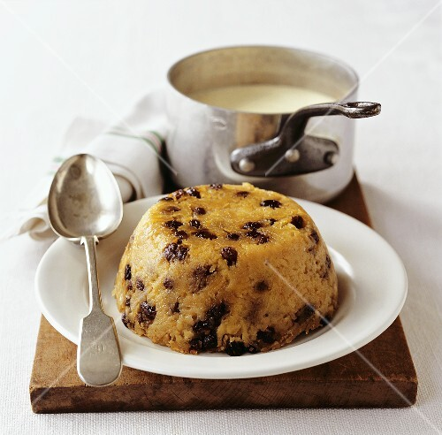 Spotted dick (Sponge pudding with custard UK)