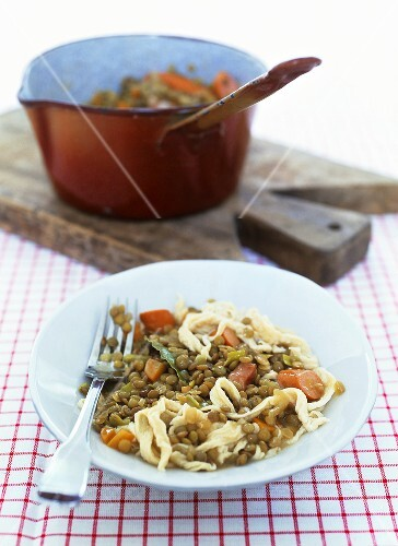 Lentils with spaetzle noodles