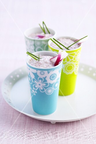 Cucumber and radish smoothies