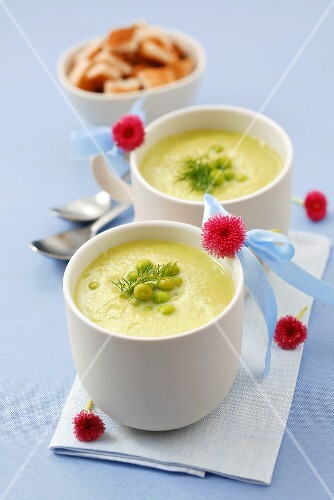 Cream of pea soup with dill