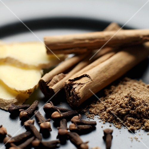 Ginger, cloves and cinnamon