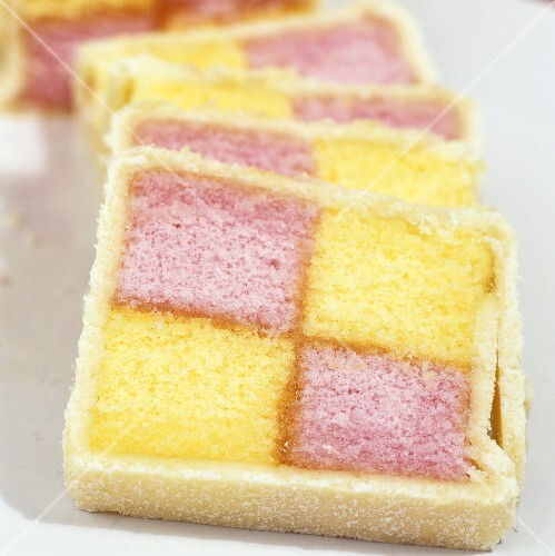Battenberg cake (Two coloured sponge cake, UK)