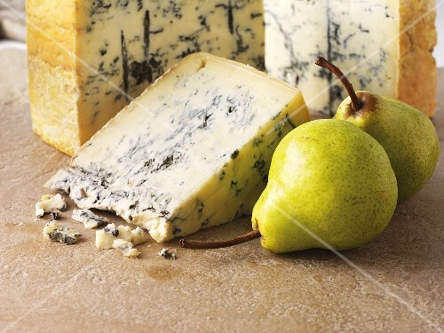 Gorgonzola and pears