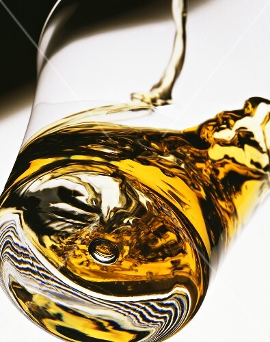 A glass of whisky (close-up)