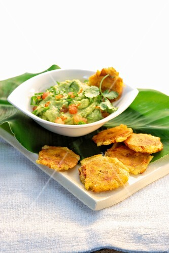 Guacamole and plantain chips (Mexico)