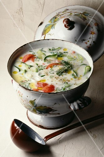 Tomato and cucmber yoghourt soup