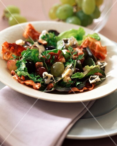 Grape harvest salad