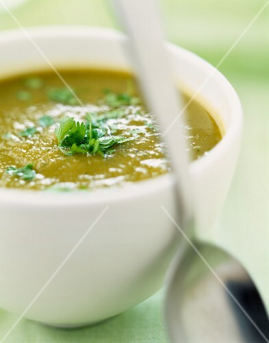 Leek and chervil soup
