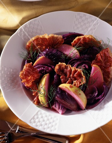 Steamed red cabbage, bacon fans and Granny apple