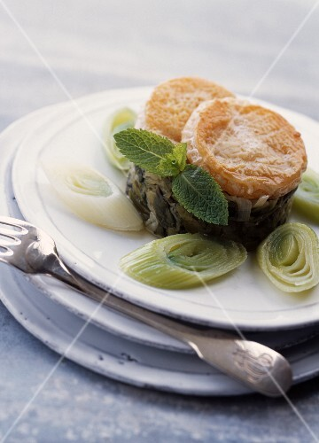Rocamadour cheese with leeks
