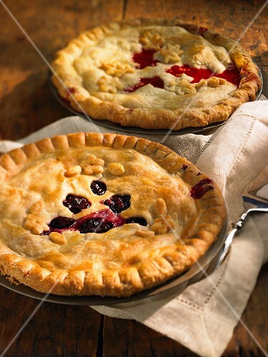Cherry and redcurrant pies