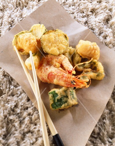 Prawn and vegetable tempura