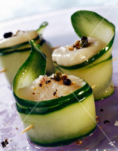 Scallop and cucumber rolls