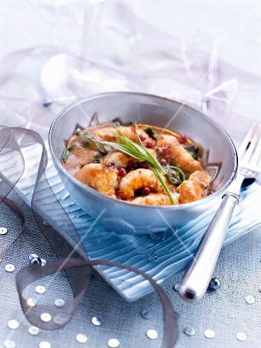 Shrimps with pink peppercorns and tarragon