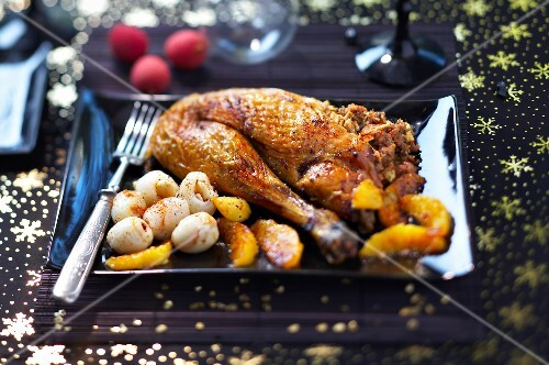 Turkey cooked with Jurançon wine and Christmas fruit