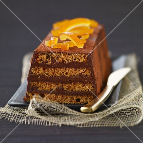Gingerbread,chocolate and crystallized orange log cake