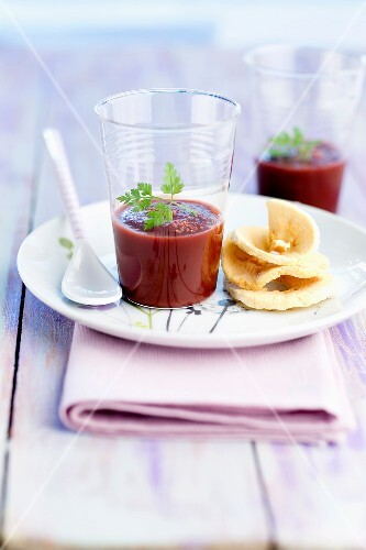 Cream of beetroot soup with sliced Granny Smith apple