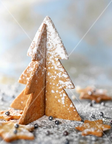 Ginger shortbread Christmas tree