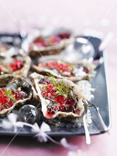 Fresh oysters with raspberry vinaigar