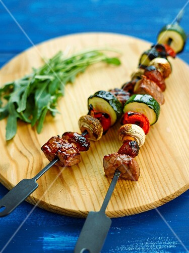 Beef and vegetable brochettes