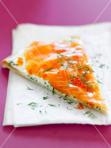 Smoked salmon and cream cheese pizza