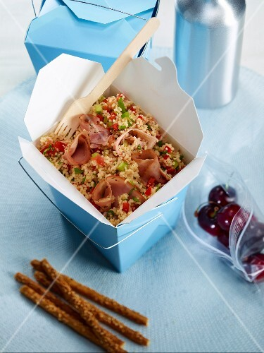 Take-away smoked ham tabbouleh