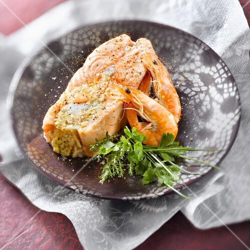 Salmon stuffed with shrimps and scallops