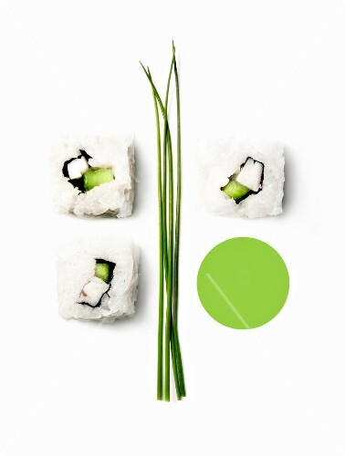 Composition with makis and chives