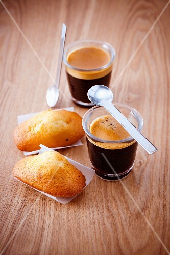 Cups of expresso coffee and Madeleines