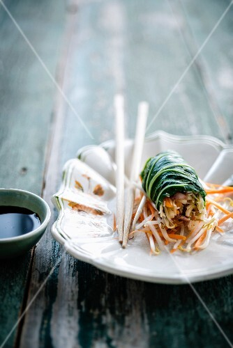 Pak-choi cabbage and turkey spring rolls