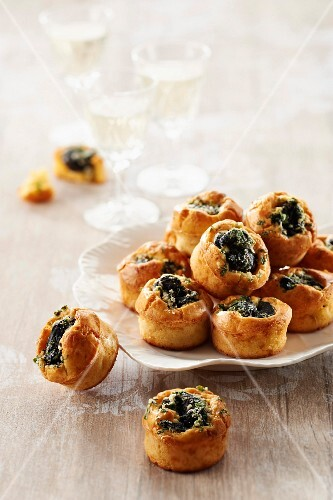 Curé Nantais and snail mini muffins