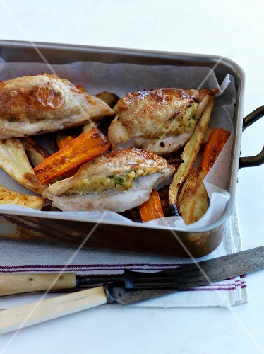 Stuffed chicken breasts with vegetables