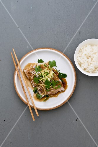 Steamed haddock with ginger and cilantro
