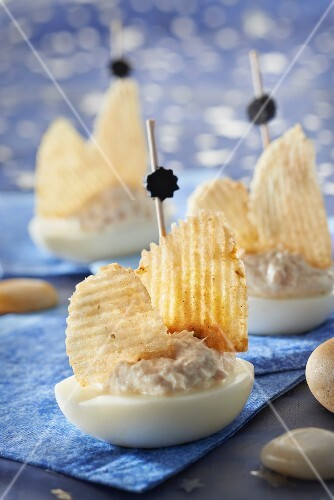 Tuna paté,egg and crisp sailing boats