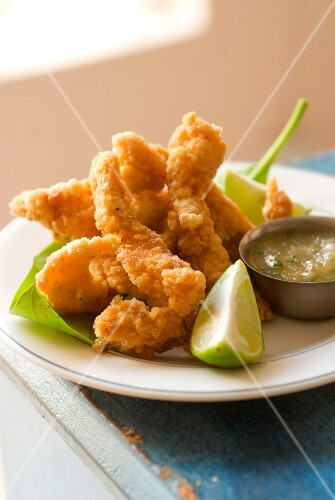 Fish nuggets with lime sauce