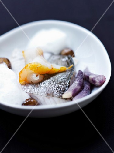 Fresh and smoked haddock with babana purple potatoes