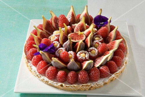 Raspberry and fig tart