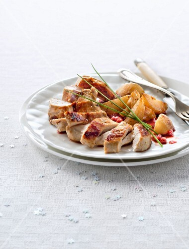 Guinea-fowl Supreme and stewed turnips with cranberries