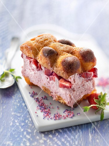 Small strawberry and marshmallow chocolate bear tiramisu