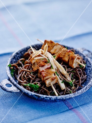 Soba pasta,tofu brochettes with sweet soya sauce and sauteed enokis