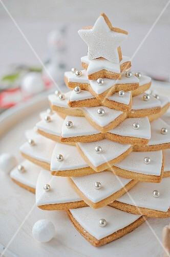 Shortbread Christmas tree with icing