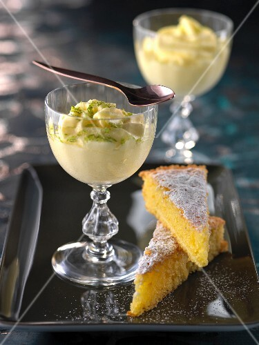 Santiago tart and lemon mousse