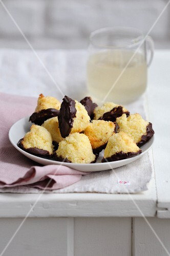 Coconut and chocolate Rochers